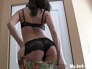 jerk off all over my tits joi